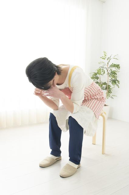 気象病で苦しむ女性 昭和町カイロ気象病症状画像